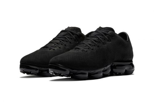 "Nike's Air VaporMax Leather ""Triple Black"" Receives Holiday Release Date"