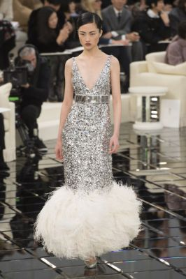 The Couture Dresses We're Hoping To See On The Oscars Red
