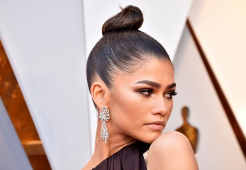Unexpected Ways Celebrities Use Aquaphor in Their Beauty Routines