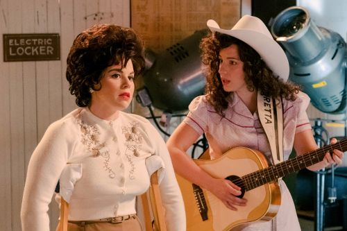 'Patsy & Loretta' strips the veneer off two singing legends