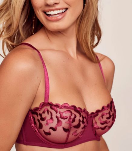 This TikTok Hack Turns That Bra You Never Wear Into The Cutest Bralette