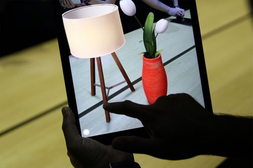 Apple Now Supports Direct Shopping in Augmented Reality