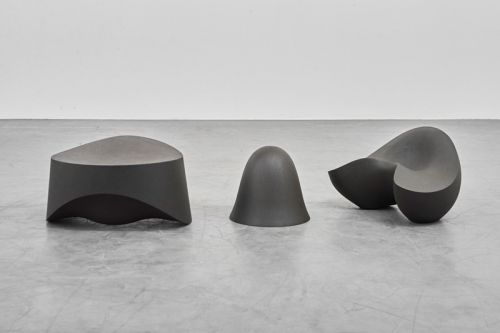 Aldo Bakker's Urushi & Stone Works Come to Life in Paris Exhibition