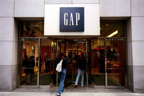 Gap To Close All 81 Stores Across the UK and Ireland