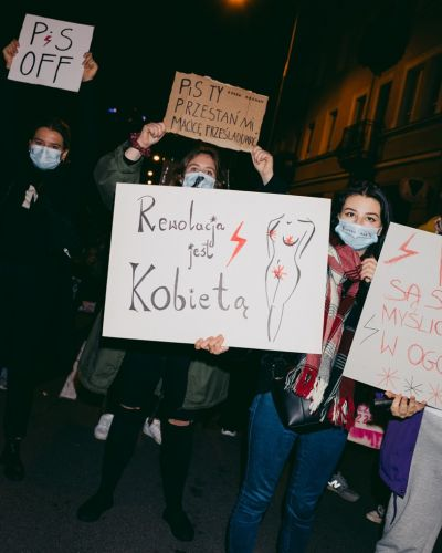 Speaking to protesters fighting back against Poland's abortion ruling