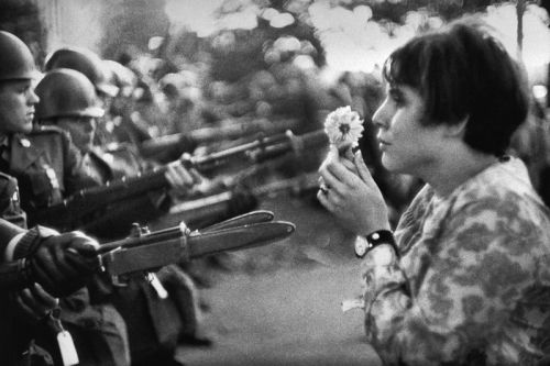 "Azuma Makoto Curates Iconic Photos of ""War and Flowers"" for Upcoming Exhibit"