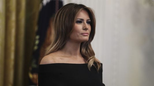 Melania Trump Dyed Her Hair Blonde And The Internet Can't Deal
