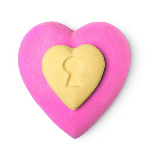 A Naked Man and a Peach: Lush Is Bringing Back Its ~Suggestive~ Bath Bombs for Valentine's Day