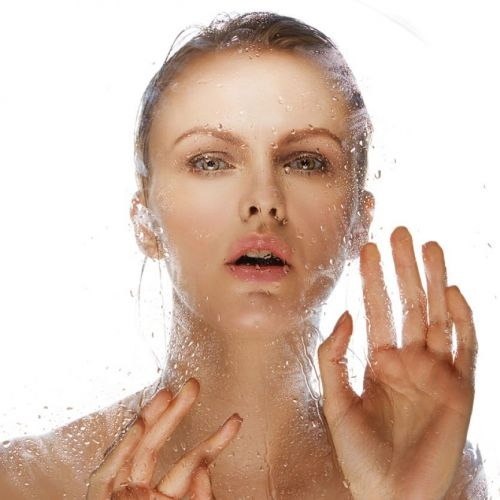 Cleansing Lashes After Application Could Keep Clients From Developing Sensitivities