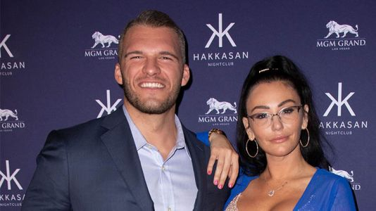 JWoww Makes Red Carpet Debut With Boyfriend Zack Carpinello at Hakkasan Las Vegas!