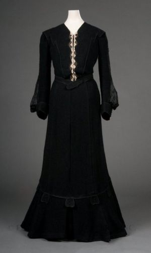 Fashionsfromhistory: Day Dress 1902-1904 FIDM Museum
