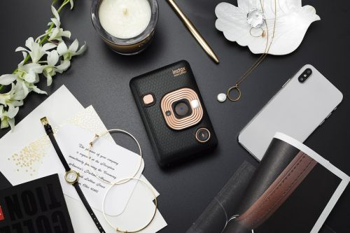The Fujifilm Instax Mini LiPlay Camera Adds Audio to Your Instant Photos
