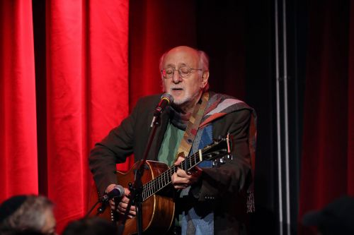 Folk icon Peter Yarrow accused of raping underage girl in NYC hotel in 1969