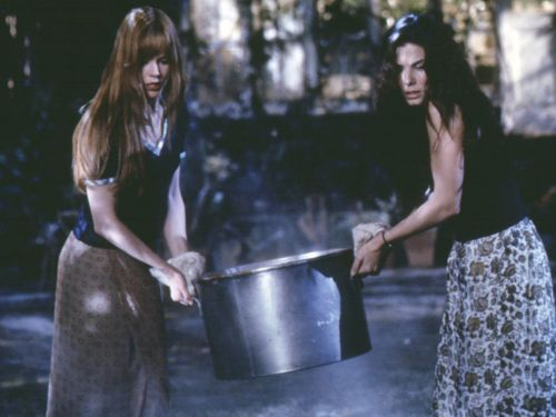 Why Practical Magic Might Be Even Cooler 20 Years Later