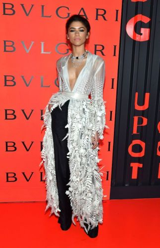 Zendaya Looks Like Both Romeo *and* Juliet In This Ridiculously Hot Ensemble