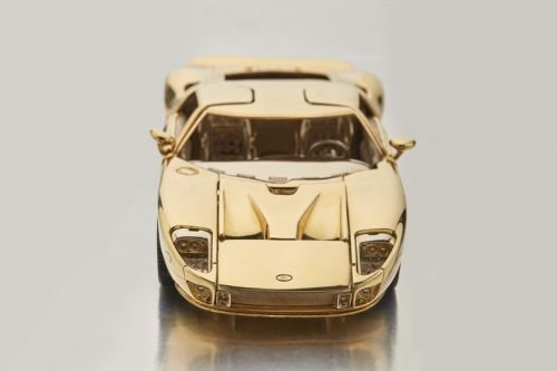Sotheby's Is Auctioning off an 18-Karat Gold 1/25 Scale Ford GT Model