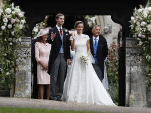 Pippa Middleton And James Matthews Seal The Deal With A Kiss