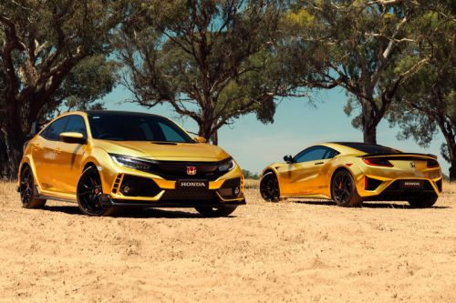 Honda Covers the NSX & Civic Type R in Gold for Its 50th Anniversary in Australia