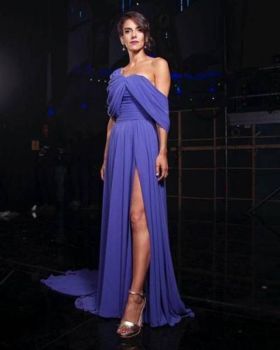 Gorgeous Maria Luisa Godoy turns heads in a custom GEORGES