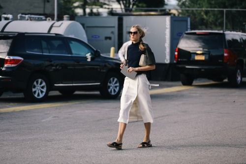 Do a classic combo in structured navy and white pieces