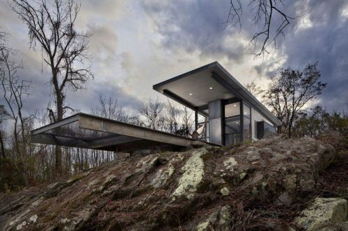 """GreenSpur's """"Lost Whiskey Concrete Cabin"""" Is the Perfect Rustic Hideaway"""