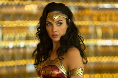 'Wonder Woman 1984' trailer: Gal Gadot is a bullet-blasting badass