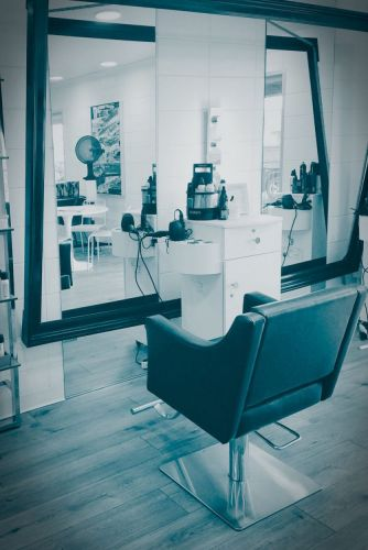 Guest Blog: Andrew Carruthers on the Post-Holiday Salon Slump