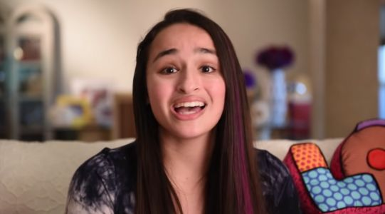 Jazz Jennings And Doctors Talk 'Sexual Stuff' Before Surgery - Including The 'Big O'
