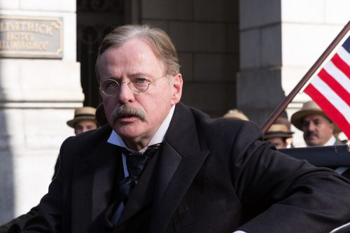 Aidan Quinn pivots from Teddy Roosevelt to 500th episode of 'SVU'