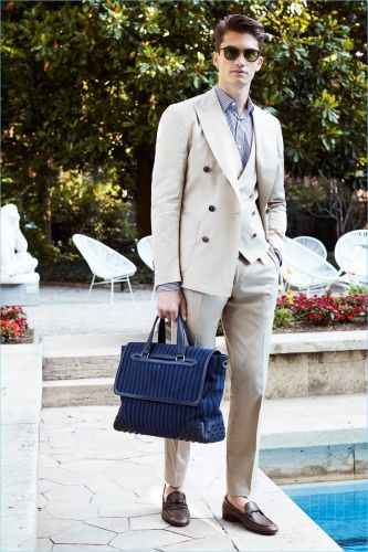 Tod's Goes Poolside for Resort-Inspired Spring '18 Collection