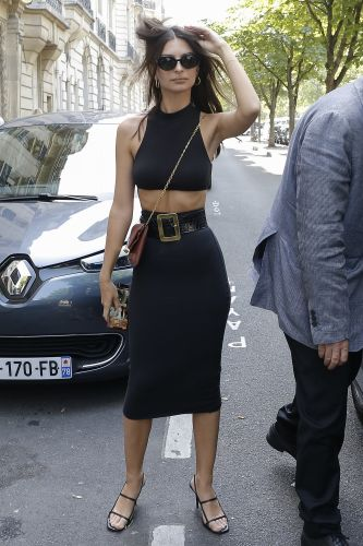 Oui, Reine! Emily Ratajkowski Arrives at Her Hotel in Paris Wearing a Crop Top and Tight Skirt