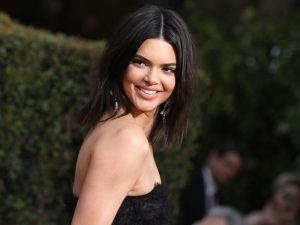 Kendall Jenner Had The Best Attitude About Her Skin At The Golden Globes
