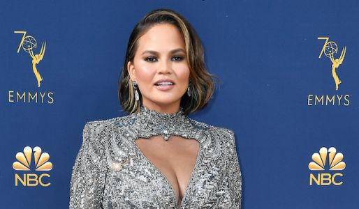 Chrissy Teigen Doesn't Give AF What You Think Of Her Short Hair - And This Epic Clapback Proves It!