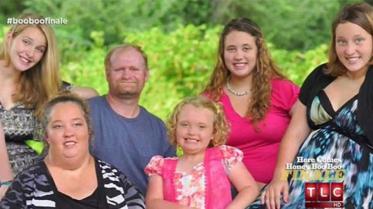 Meet All the Men Who Have Stolen the Hearts of Mama June and Her Daughters