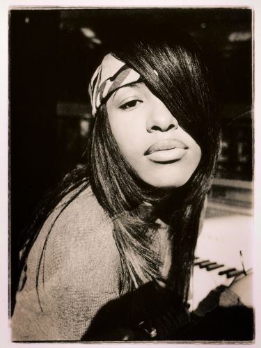 The story behind these photographs of a 15-year-old Aaliyah