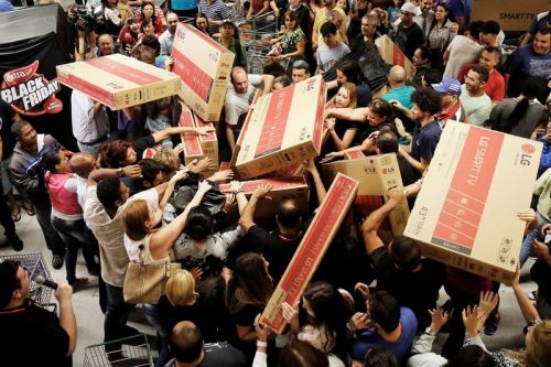 This Black Friday Will Be the Wildest Feast in 10 Years, Consumer Survey Shows
