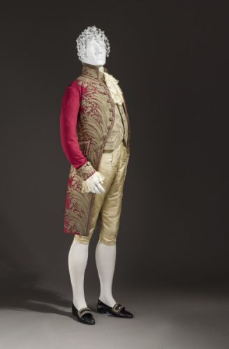 Fashionsfromhistory: Court Suit Italy c.1800 LACMA
