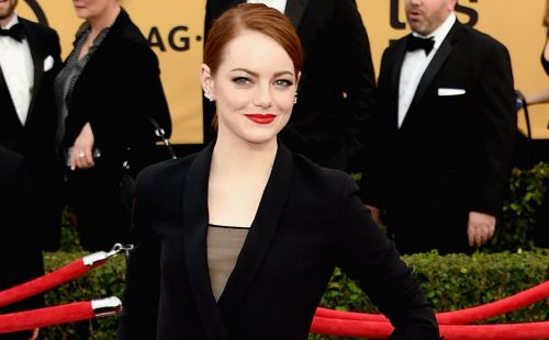 Great Outfits in Fashion History: Emma Stone in Dior Haute Couture by Raf Simons