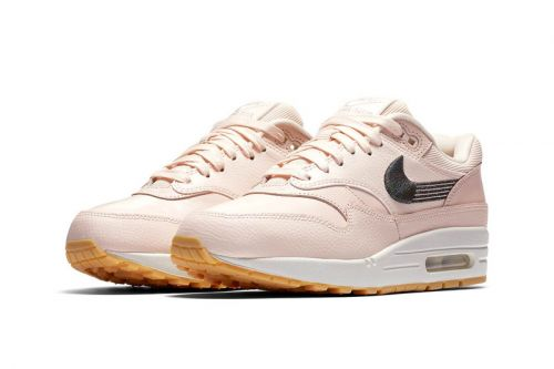 """Nike Air Max 1 Introduces New """"Motion""""-Style Swoosh"""