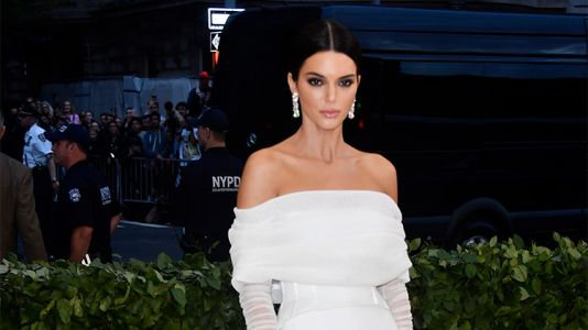 Kendall Jenner Looks Great, but She Kinda Missed the Theme at the 2018 Met Gala