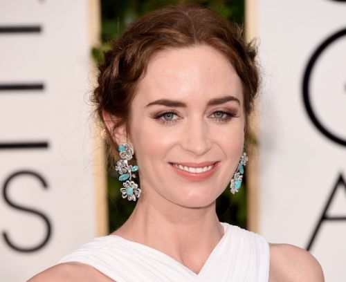 Get the Golden Globe look: Emily Blunt's secret straight from her makeup artist