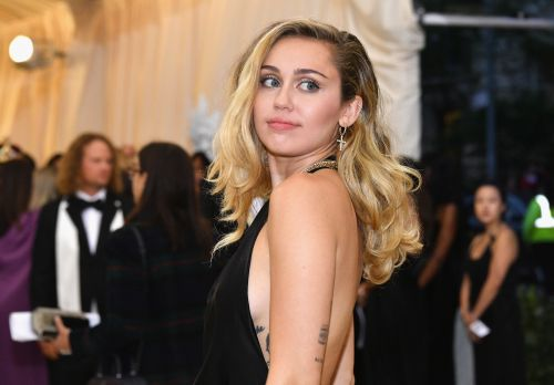 Miley Cyrus Shares Powerful Message After California Wildfires Destroy Her Home: 'I Am Grateful For All I Have Left'