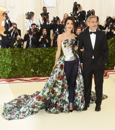 Bella Hadid Wears a Latex Outfit to the Met Gala 2018
