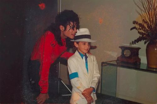 'Leaving Neverland' sequel snared in legal war with Michael Jackson estate
