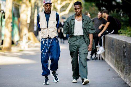 Paris Fashion Week SS19 Street Style Sees Graphics and Layered Outfits