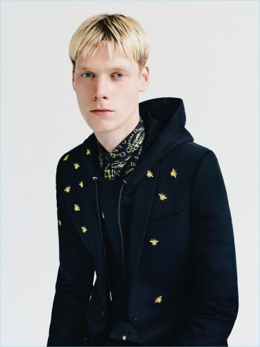Dior Homme Thinks Regal with Gold Capsule Collection