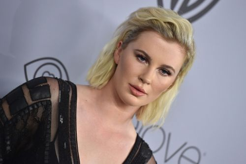 Ireland Baldwin poses topless on Instagram to get out the vote