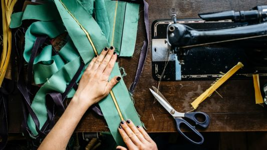 Fashion Students and Alumni: It's Time to Rate Your School