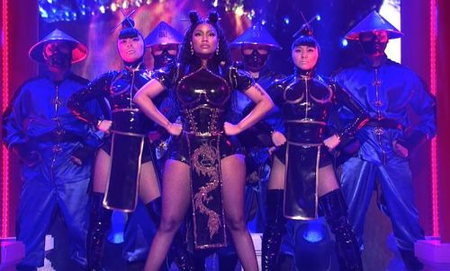 Watch Nicki Minaj perform her new songs on Saturday Night Live