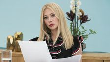 Michelle Williams Gives The Kookiest Performance Of Her Career In 'I Feel Pretty'